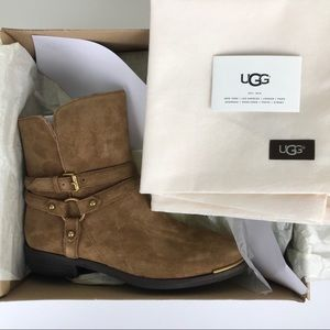 c9067c07b50 UGG | Kelby Dark Chestnut Suede Ankle Boots Size 7 NWT